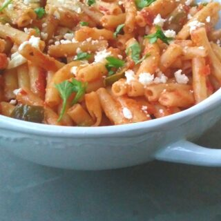 Sweet Chilli Macaroni with Smoked Mozarella