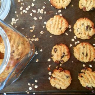 Oats and Raisin cookies
