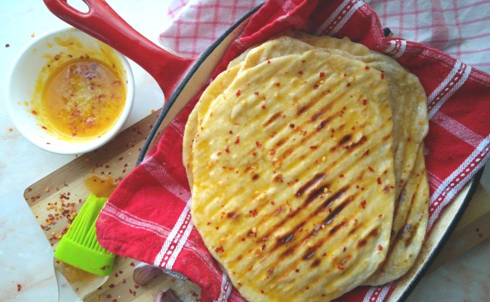 3 Ingredient Spicy Garlic Flatbread