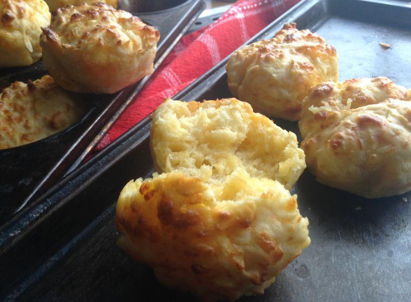 3 Ingredient Cheese Muffins