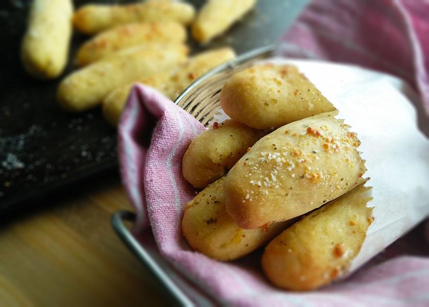 3 ingredient Garlic Breadsticks