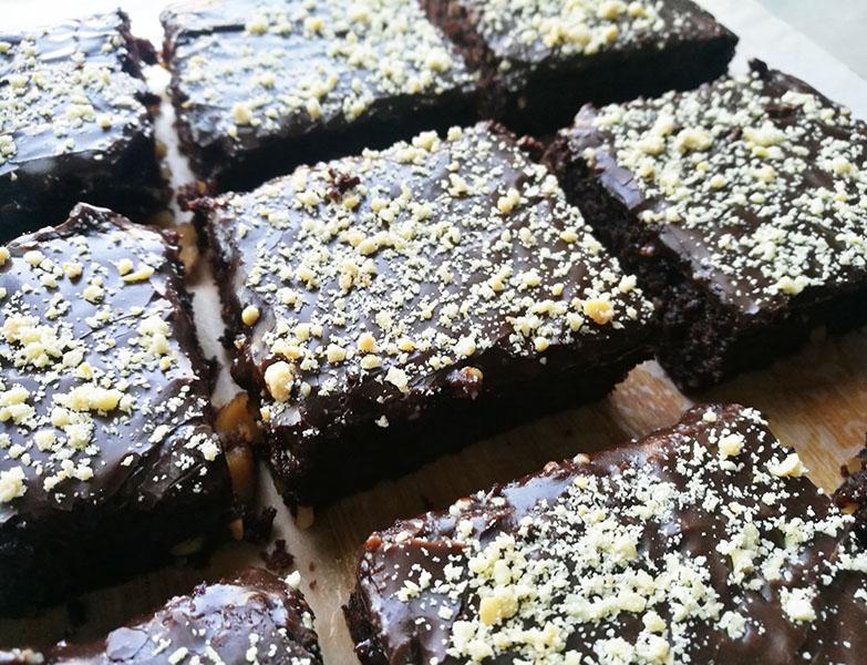 Condensed Milk Fudge Topped Brownies