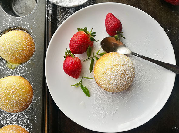 Vanilla Lava Cakes