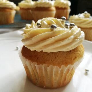 Classic vanilla cupcakes