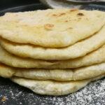 4 ingredient Pita (No knead)