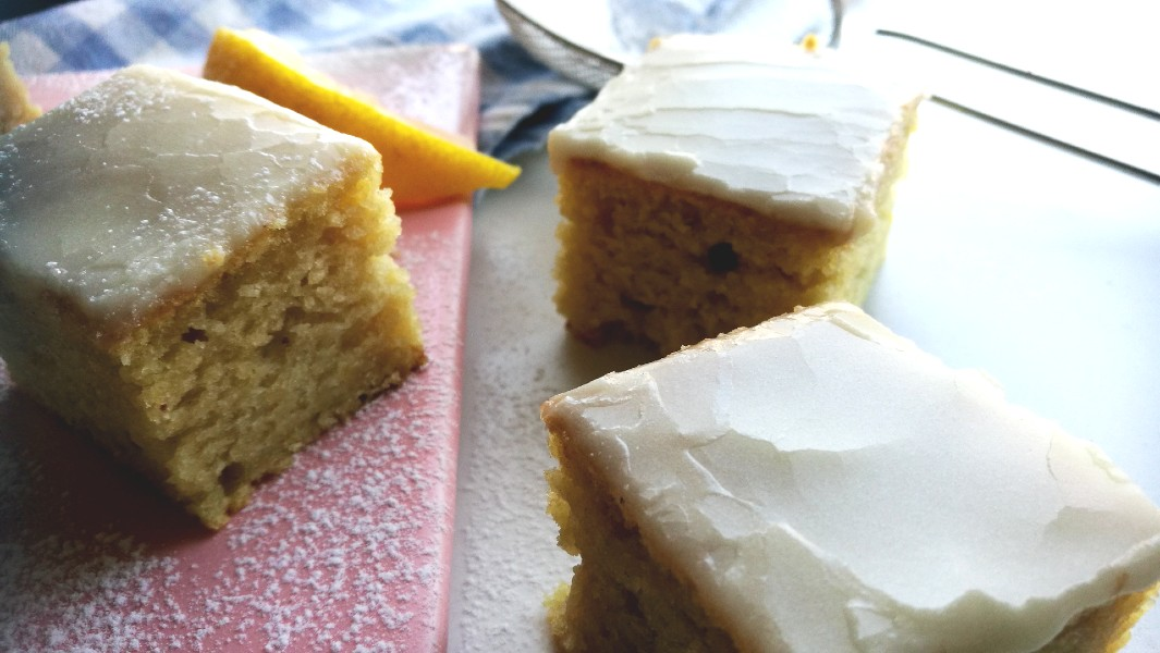 One Bowl Lemon Cake (No eggs, no butter, no milk)